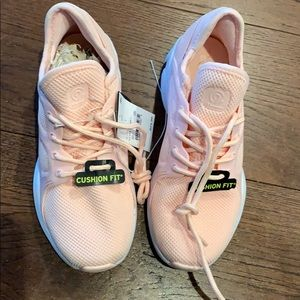 NWT Champion Style Flare 2 Tennis Shoes